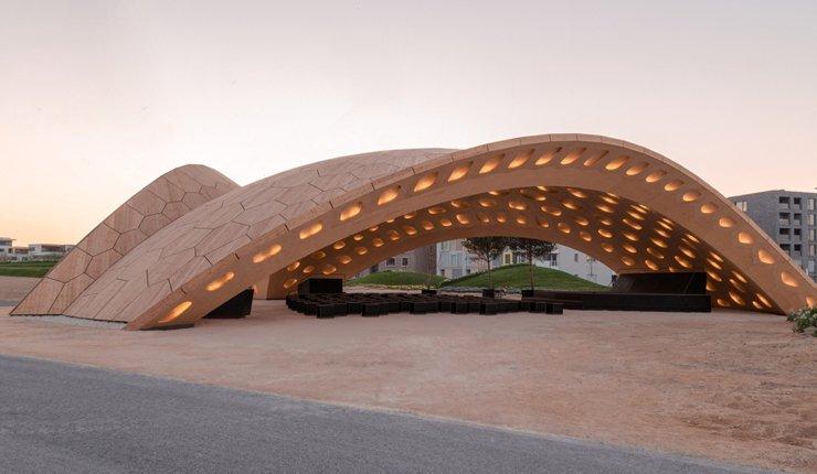 Beim selbsttragenden Holz-Pavillon auf der BUGA in Heilbronn kamen u.a. 18 000 LignoLoc-Holznägel als temporäre Verbindung zum Einsatz.