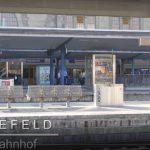 """Treffpunkt für die Exkursion """"manufakTOUR 2018"""" war der Hauptbahnhof Bielefeld. Bild: Mathias Braun"""