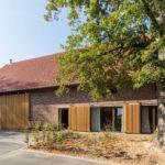 Zum Wohnhaus umgebaute Scheune in Vlotho von sbp architekten, Preisträger beim Landbaukultur-Preis 2021
