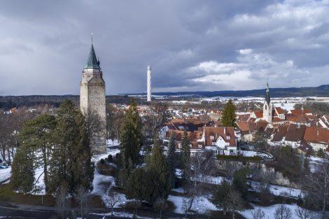 Die Stadt Rottweil hat ein neues Wahrzeichen: den von Werner Sobek geplanten thyssenkrupp Testturm. Der Turm ist 246 Meter hoch, die Aussichtsplattform befindet sich auf 232 Metern Höhe – und ist damit die höchste, öffentlich zugängliche Aussichtsplattform Deutschlands. Bild: Rainer Viertlboeck