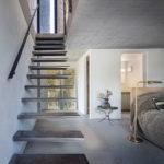Kragarmtreppe aus Stahl. Bild: Martin Baitinger / Focus