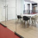 Büroraum in der FFM School of Finance. Bild: Nikolay Kazakov and Management