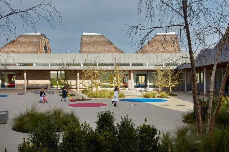 Gemeindezentrum Storey's Field Center + Kindertagesstätte in Eddington (Cambridge).