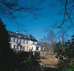 1922 erbaut, erstrahlt die Villa Bosch nach umfangreichen Renovierungs- und Modernisierungsmaßnahmen heute wieder in neuem Glanz. Fotos: Thomas Dix Foto-Design, Grenzach-Wyhlen
