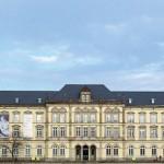 Denkmalgeschützte Westfassade des Museums für Kunst und Gewerbe in Hamburg.
