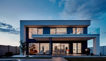 """Mit dem Architekturwettbewerb """"Fenster im Blick"""" werden gelungene Häuser ausgezeichnet, die mit Fenster- und Türenlösungen von Internorm ausgestattet wurden. Bild: Internorm"""