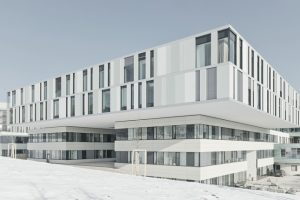 Der Verein Architekten für Krankenhausbau und Gesundheitswesen e.V. (AKG) hat den Neubau der Augenklinik in Tübingen mit dem AKG-Preis 2019 ausgezeichnet. Bild: Brigida Gonzalez, Stuttgart