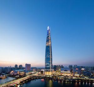 Der Lotte World Tower, Seoul, Korea von Kohn Pedersen Fox ist Wolkenkratzer des Jahres. Bild: Tim Griffith