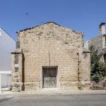Die Revitalisierung der Alten Kirche Vilanova de la Barca ist Schutzmaßnahme für die ruinösen Mauerreste und zugleich Manifest gewordene Lektüre, die die Geschichte des Orts erlebbar macht.