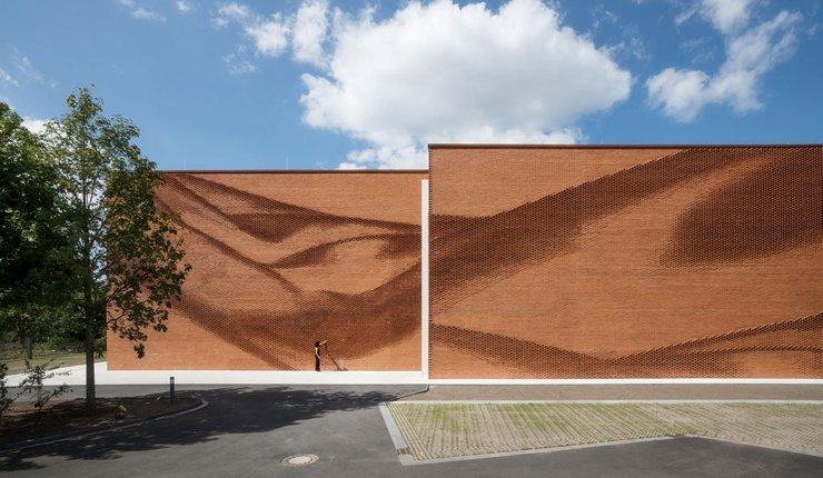 Die 50 Nominierten für den Wienerberger Brick Award 2020 stehen fest. Der Preis wird für herausragende Ziegel-Architektur in fünf Kategorien vergeben. Bild: Wienerberger / Thomas Wrede VG Bild-Kunst Bonn