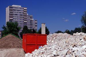 Heute wird Recyclingbeton mehrheitlich aus sorgfältig aussortiertem Abbruchmaterial hergestellt. Bild: Roger