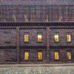 Schlesische Universität in Kattowitz mit Ziegel-Fassade