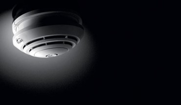 Rauchwarnmelder für Wohn- und Schlafräume oder Büros und Klassenräume. Bild:Esylux Deutschland GmbH