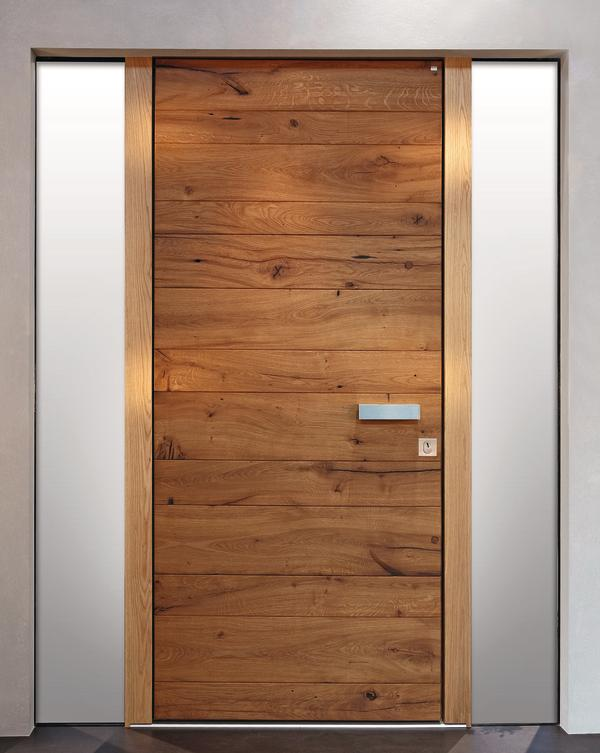 alte eiche in moderner holzhaust r. Black Bedroom Furniture Sets. Home Design Ideas