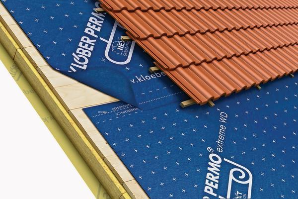 Wasserdicht und diffusionsoffen: Unterdächer ab 10° Dachneigung. Bild: Klöber
