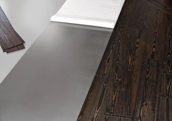 Die Klebetechnologie wurde speziell auf die Anforderungen für PVC-Designbeläge ausgerichtet. Bild: Uzin