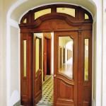 Individuelle, nach Maß angefertigte Brandschutztüren aus Holz ermöglichen angepasste Gestaltungen bei Sanierungen und im Denkmalschutz. Bild: Sturm