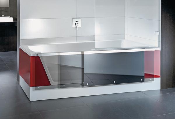 Interior Innovation Award 2014: Designpreis für Dusch-Badewanne, die sich dank motorgetriebener Schiebetür verwandeln kann. Bild: Repabad