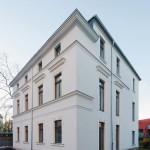 Wegen der denkmalgeschützten Fassade ist das Gebäude bei der Sanierung von innen gedämmt worden. Bilder: Peter Eichler, © Uponor/KNAUF