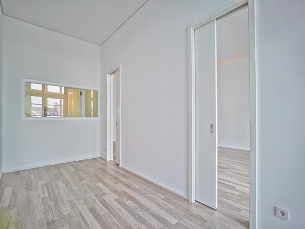 umbau einer kammgarnspinnerei zu wohneinheiten in leipzig wertvolle fl che gewonnen. Black Bedroom Furniture Sets. Home Design Ideas
