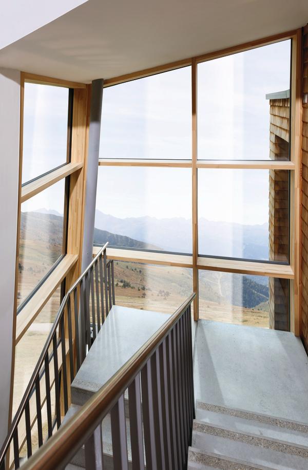 Großflächenlösungen in Holz-Alu