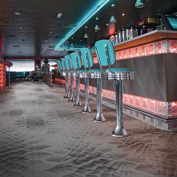 Bar im Dinerstyle. Bild: Windmöller/wineo