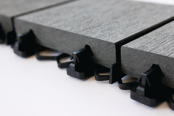 Dielen mit darunterliegendem Steck-Fixierungssystem. Bild: Mocopinus