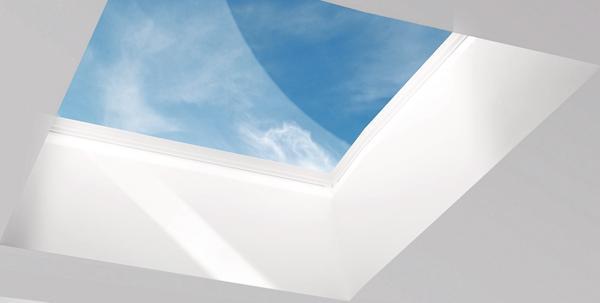 Große Lichtkuppel. Bild: Lamilux