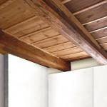 Besondere Beachtung verlangen einbindende Holzbalkendecken, deren Balkenköpfe in der künftig kühleren Wand liegen. Bild: Saint-Gobain Rigips