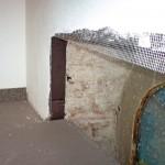 Vollflächig verklebtes Schaumglas funktioniert als Wärmedämmung und Dampfsperre in einer Schicht. Der Aufbau eignet sich z.B. für Feuchträume oder das Verputzen mit traditionellen Gipsputzen. Bild: Foamglas