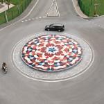 Blick von oben auf Kreisel-Mandala. Bild: Deutsche Steinzeug