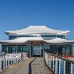 """Das Restaurant """"Wolkenlos"""" auf der Seeschlösschenbrücke. Bilder: alwitra"""