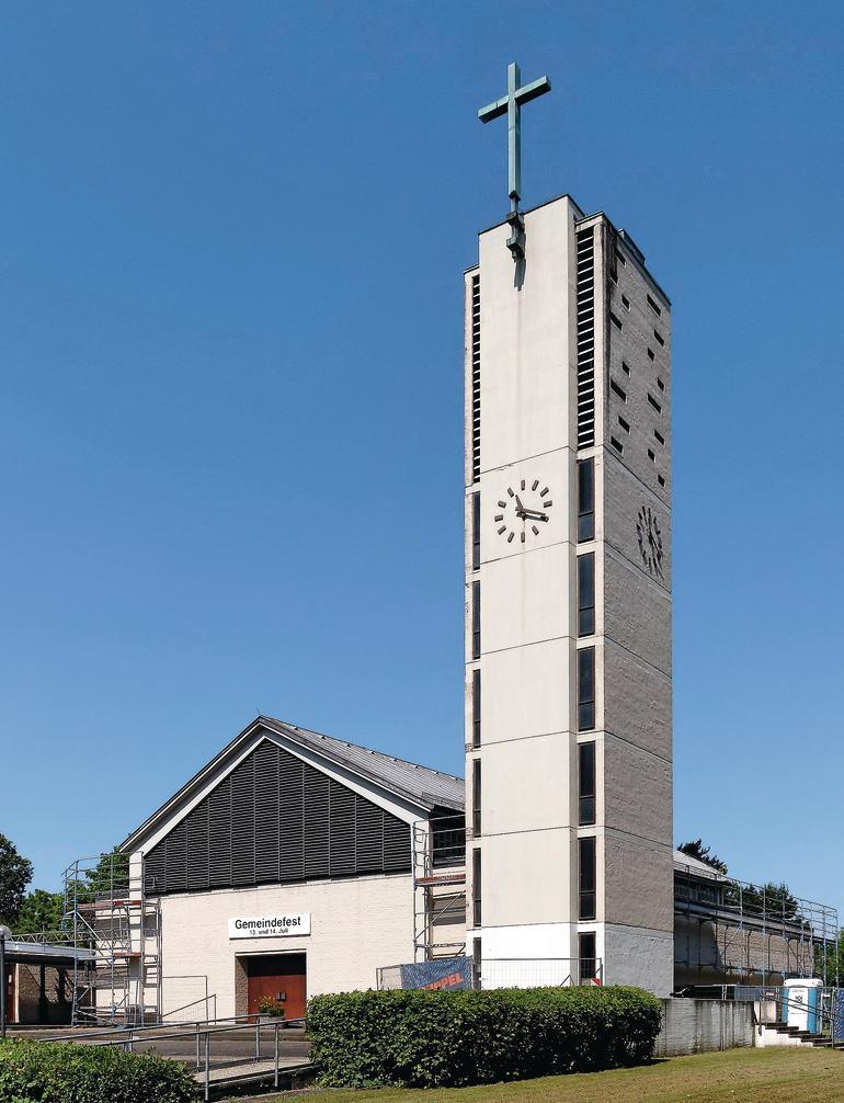 Typischer Kirchenbau der späten 50er Jahre.