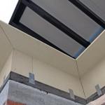 Attika-Dämmelemente fungieren als Bindeglieder zwischen Flachdach- und Fassadendämmung.