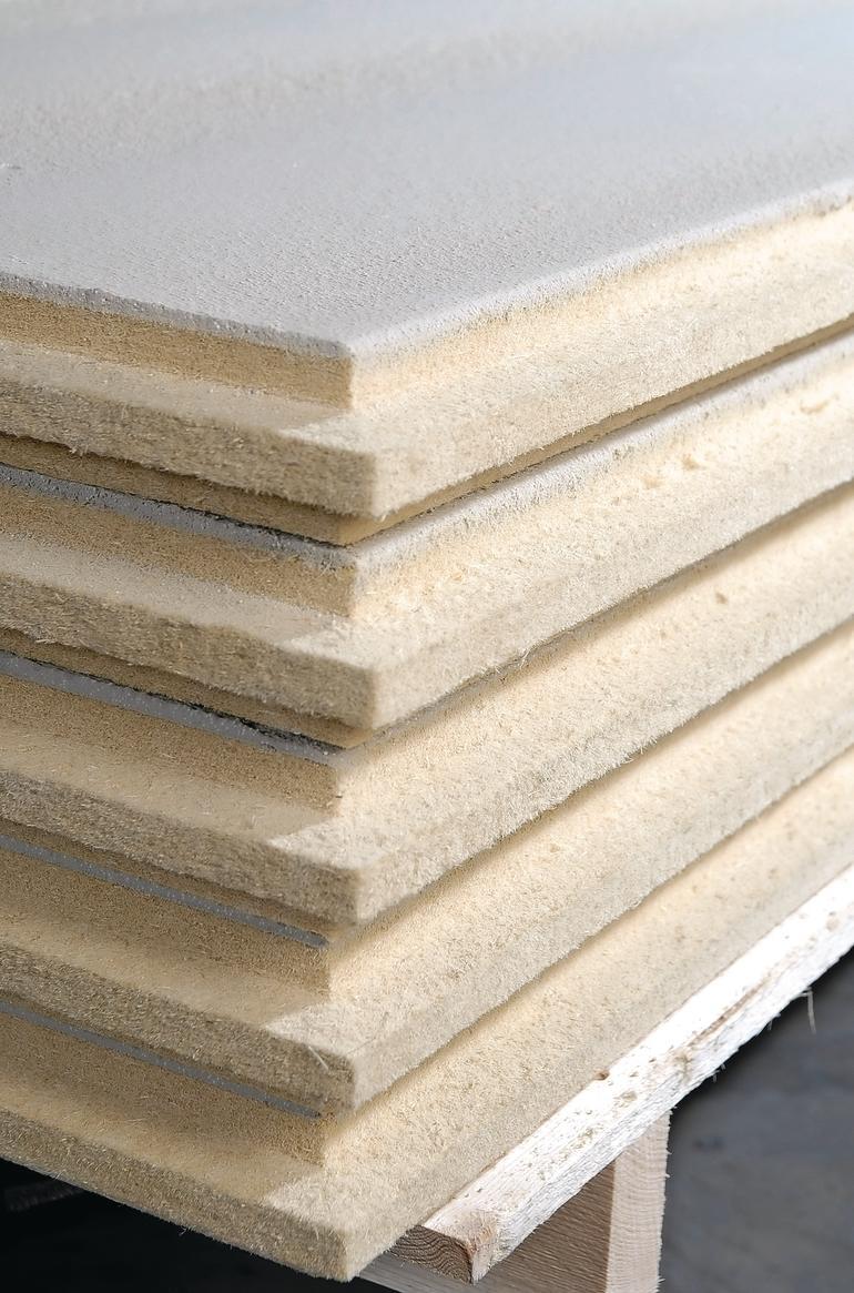 Wetterunabhängige Holzplatte für den Winterbau. Bild: Holzwerke Schneider