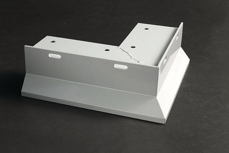 Weiß-lackiertes Metalleckstück. Bild: proline