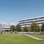 """Während der Modernisierung des Hauptgebäudes dient das """"Gebäude X"""" als Ersatzneubau."""