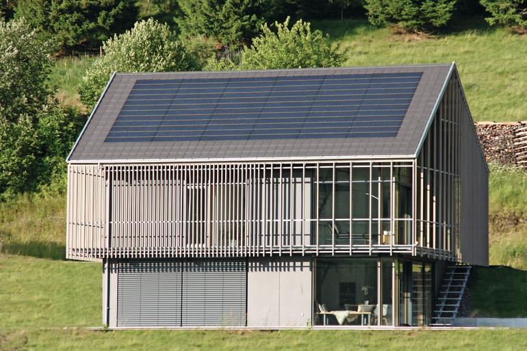 Neubau eines Wohnhauses mit PV Indach-System im Hochschwarzwald