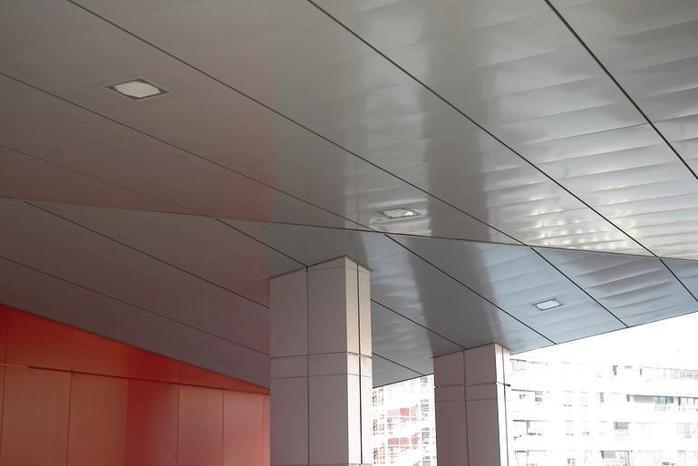 Metalldecke für Außenbereiche