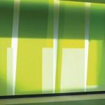 Angelehnt an das Architektur-Farbkonzept entwickelte der Künstler ein 180 m langes, zweigeschossiges Wandbild mit Acrylfarbe. Bilder: Burghard Müller-Dannhausen, Koblenz