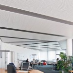 Elegante Flächeneinteilung mit Klima-Deckensegeln, hier in einem Büro mit unregelmäßigem Grundriss