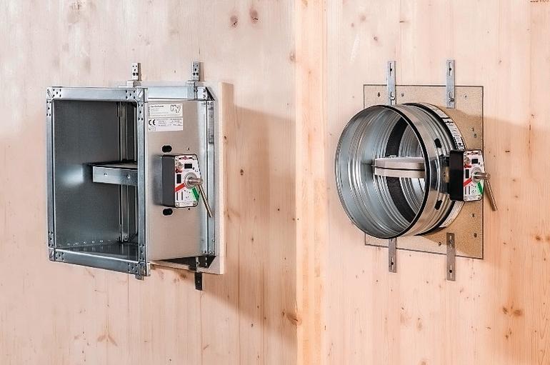 Zwei unterschiedliche Designs für Lüftungsklappen: einmal rund, einmal rechteckig. Bild: Wildeboer Bauteile GmbH