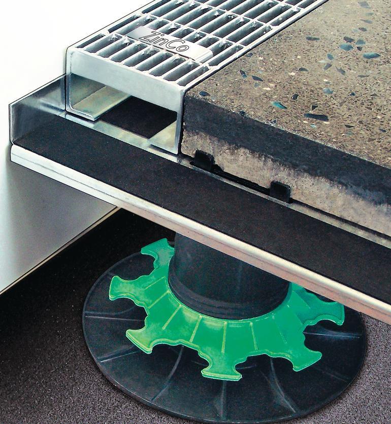 Stelzensystem unter Terrasse. Bild: ZinCo