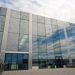 Komplexe Glasfassade: Kombiniert wurden hier hochselektives Sonnenschutzglas, Siebdruck und spiegelnde Beschichtungen. Alle Bilder: AGC Interpane