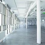 Lichtstreuende Isoliergläser sorgen für eine gleichmäßige und blenfreie Belichtung bis tief in den Innenraum - ohne Hell- und Dunkelzonen.
