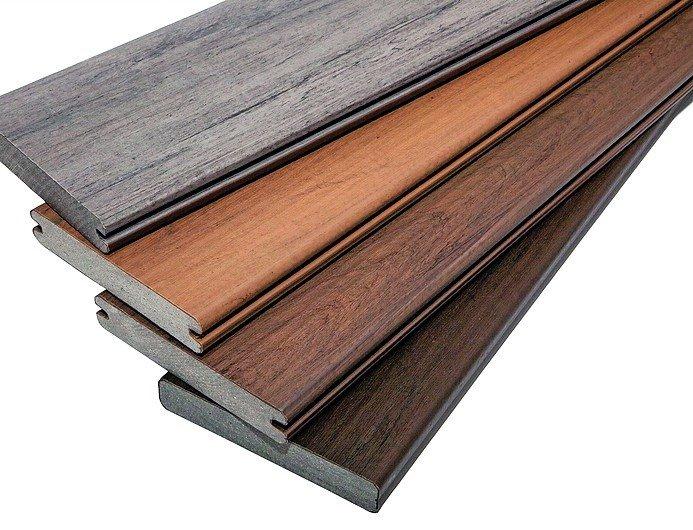 Ummantelte Holz-Verbund-Terrassendiele. Bild: Aurel Dörner