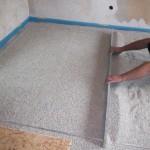 Trockenschüttung: Gedämmt und nivelliert in einem Schritt. Bild: Bisotherm