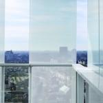 Wind- und sonnengeschützt lässt sich der Weitblick über Antwerpen genießen. Bild: Lumecore – Toon Grobet