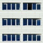 Der Uw-Wert der Glas-Faltwand mit 1,46 W/m²K trägt zum Wohnkomfort bei. Bild: Solarlux