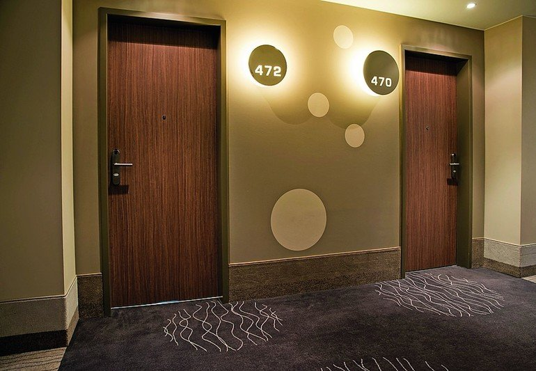 DGNB-Kriterien: Innentüren in Hotels spielen wichtige Rolle.